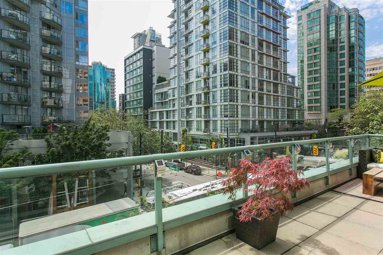 "Photo 13: 302 1188 HOWE Street in Vancouver: Downtown VW Condo for sale in ""1188 HOWE"" (Vancouver West)  : MLS® # R2093004"
