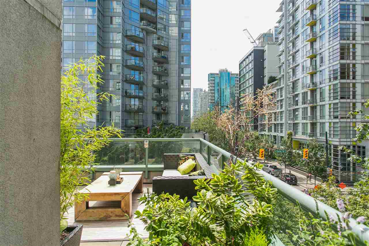 "Photo 15: 302 1188 HOWE Street in Vancouver: Downtown VW Condo for sale in ""1188 HOWE"" (Vancouver West)  : MLS® # R2093004"