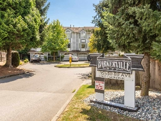 "Main Photo: 15 15550 89TH Avenue in Surrey: Fleetwood Tynehead Townhouse for sale in ""Barkerville"" : MLS(r) # R2103180"