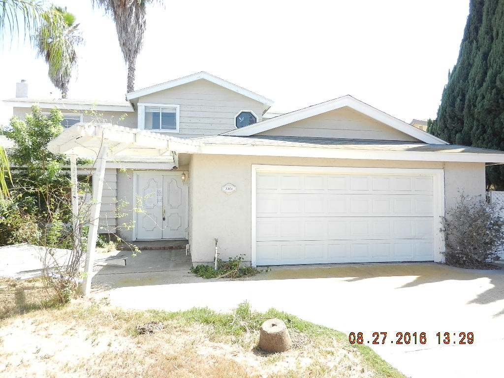 Main Photo: BONITA House for sale : 4 bedrooms : 3351 Watercrest Court