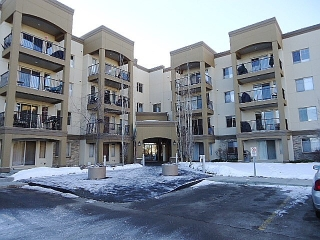 Main Photo: 218 400 PALISADES: Sherwood Park Condo for sale : MLS(r) # E4048968