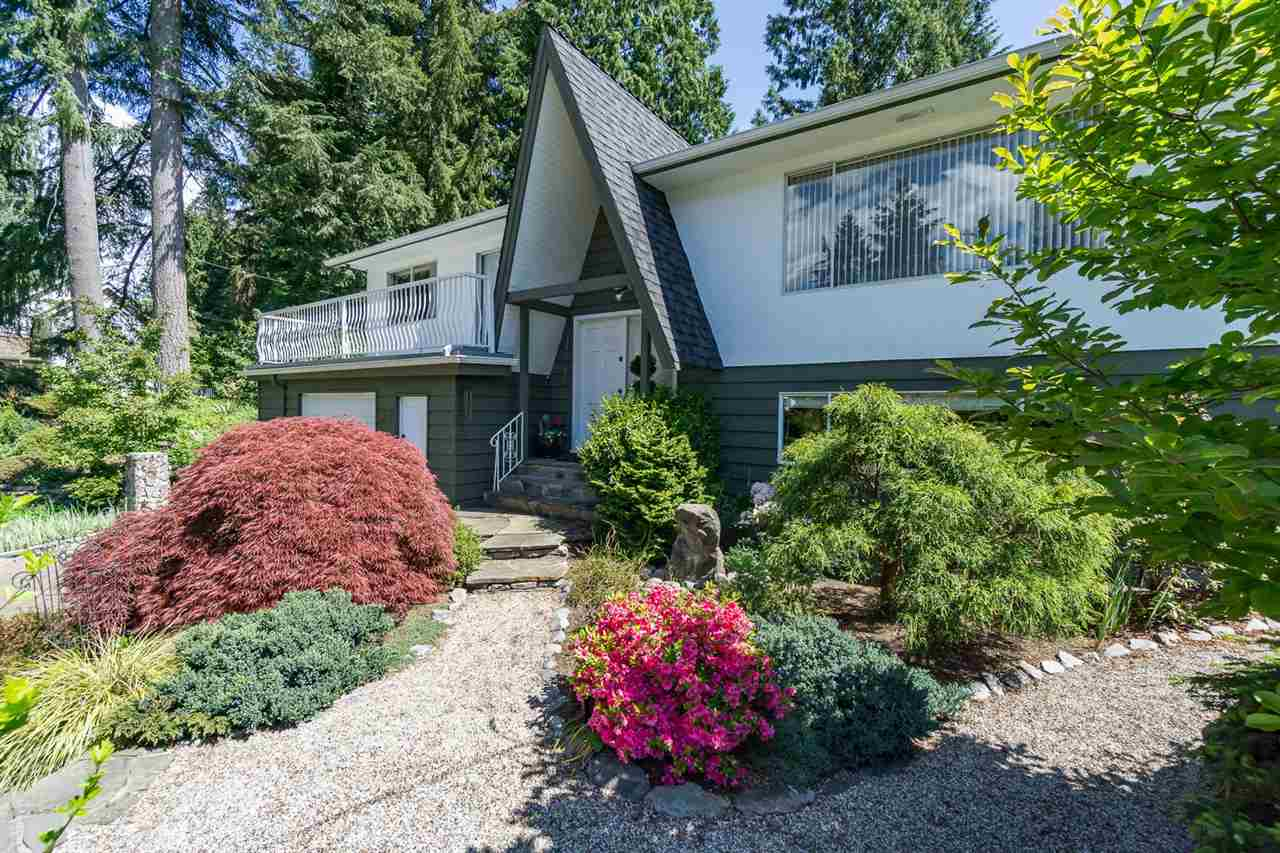 Main Photo: 3896 LYNN VALLEY ROAD in : Lynn Valley House for sale : MLS®# R2066459