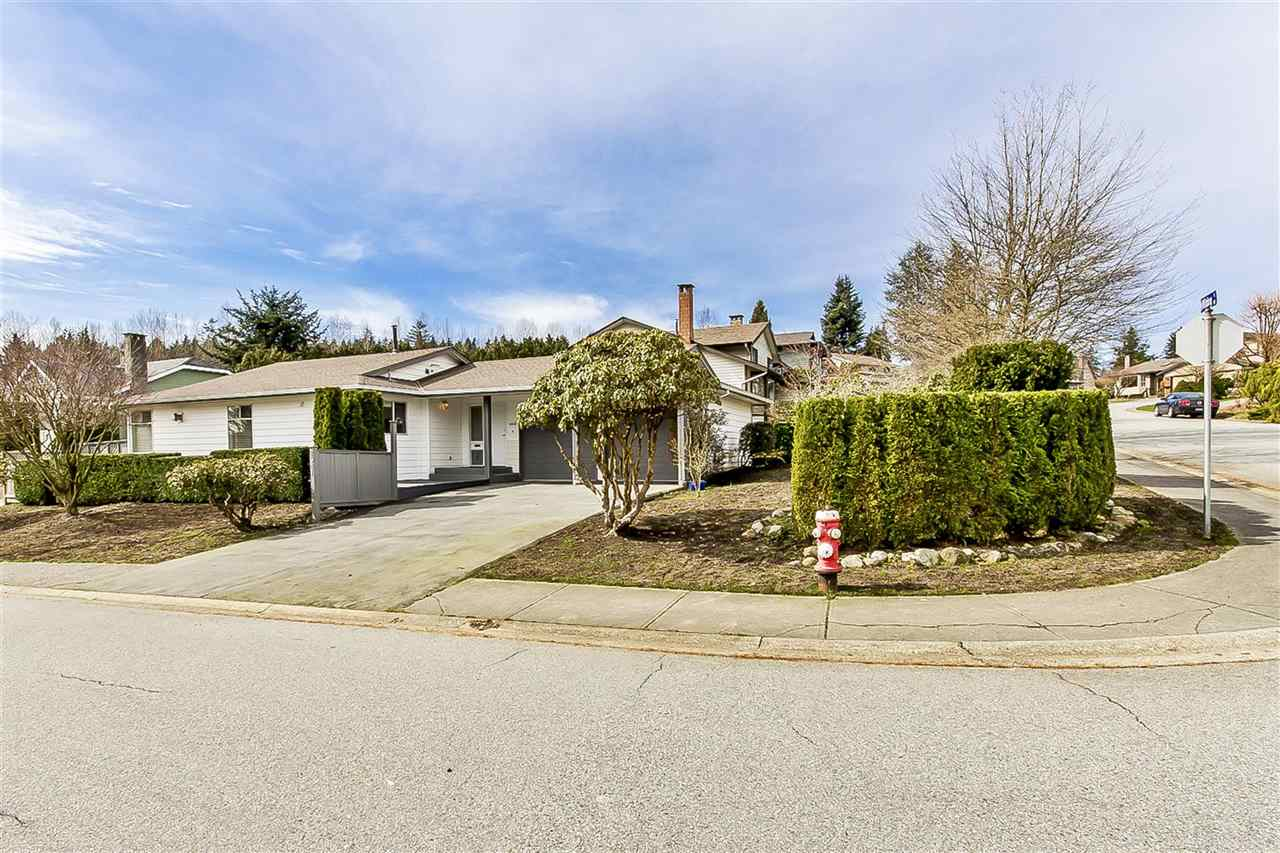 "Main Photo: 2541 WILDING Way in North Vancouver: Tempe House for sale in ""TEMPE HEIGHTS"" : MLS(r) # R2148081"