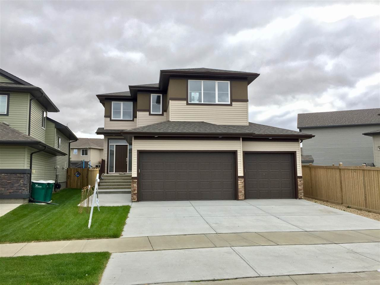 Main Photo: 10307 97 Street: Morinville House for sale : MLS(r) # E4057778