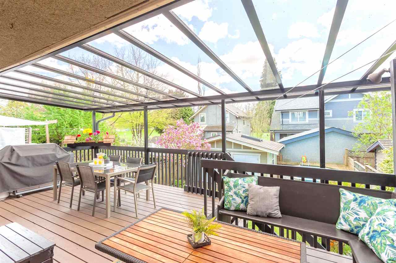 Photo 9: 1820 E 4TH AVENUE in Vancouver: Grandview VE House for sale (Vancouver East)  : MLS® # R2161591
