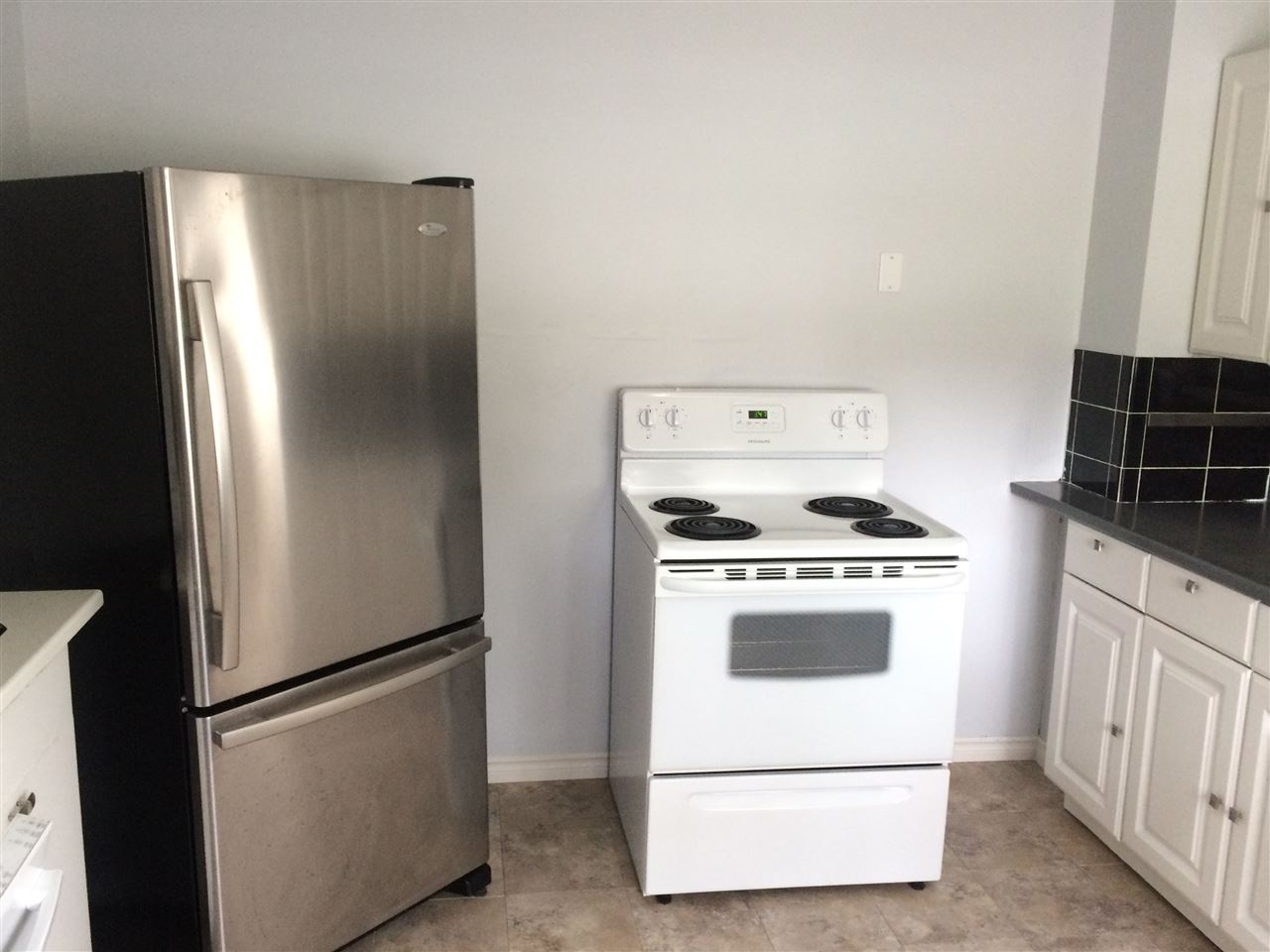 Updated kitchen and appliances
