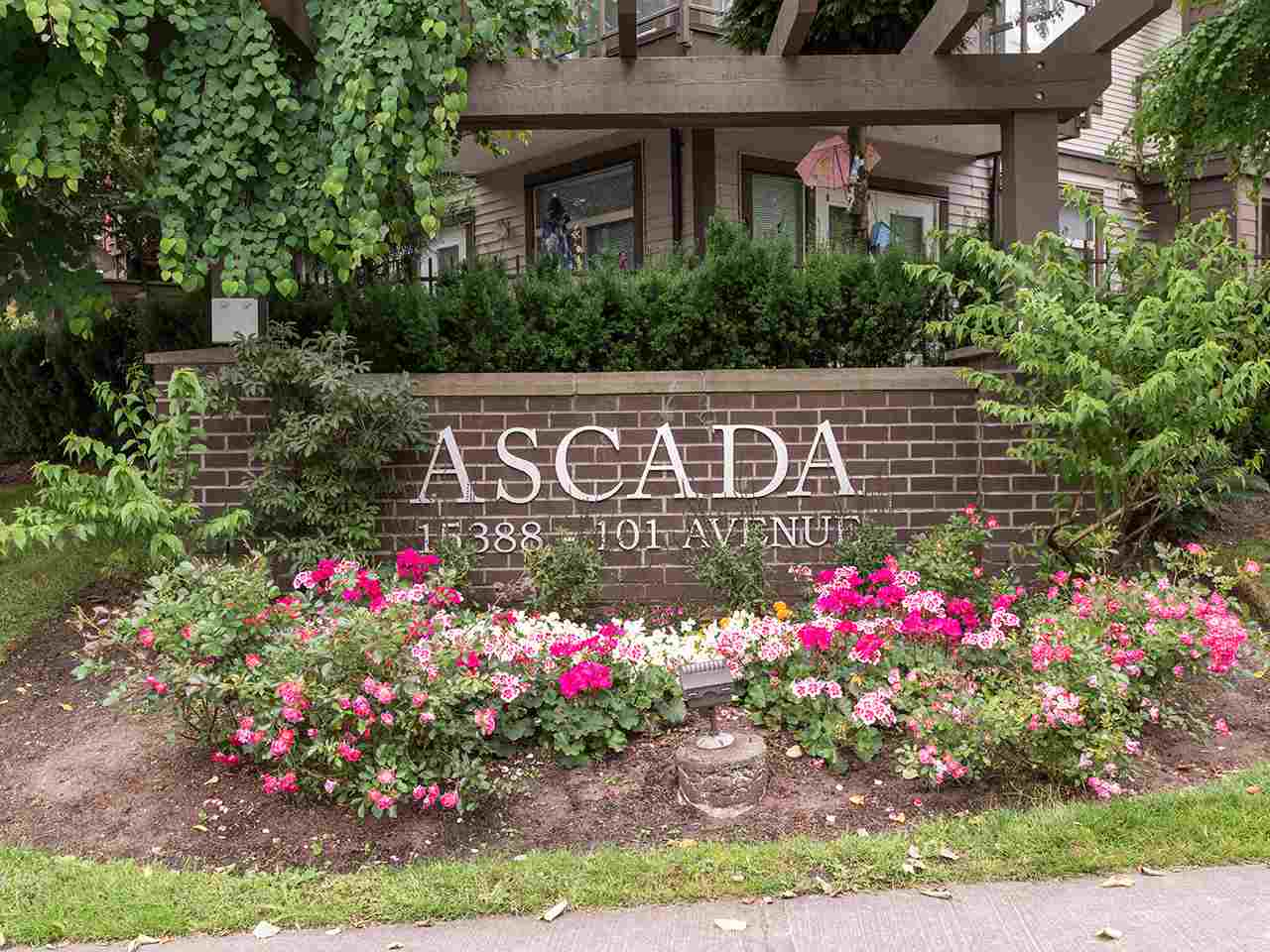 "Main Photo: 102 15388 101 Avenue in Surrey: Guildford Condo for sale in ""Ascadia"" (North Surrey)  : MLS®# R2186229"