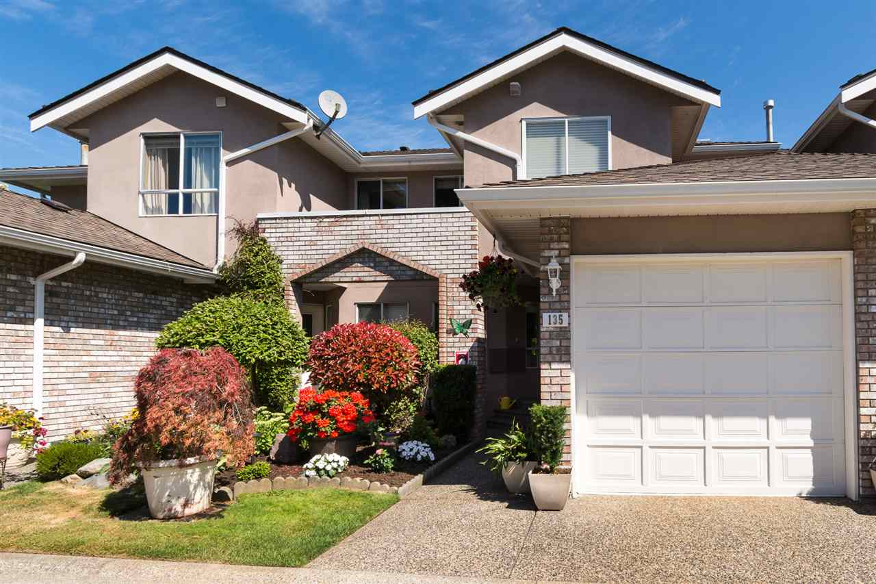 "Main Photo: 135 15550 26 Avenue in Surrey: King George Corridor Townhouse for sale in ""Sunnyside Gate"" (South Surrey White Rock)  : MLS(r) # R2188606"