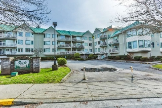 "Main Photo: 317 19236 FORD Road in Pitt Meadows: Central Meadows Condo for sale in ""EMERALD COURT PITT MEADOWS"" : MLS® # R2189850"