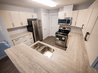 Main Photo: 19 1179 SUMMERSIDE Drive SW in Edmonton: Zone 53 Carriage for sale : MLS® # E4075347