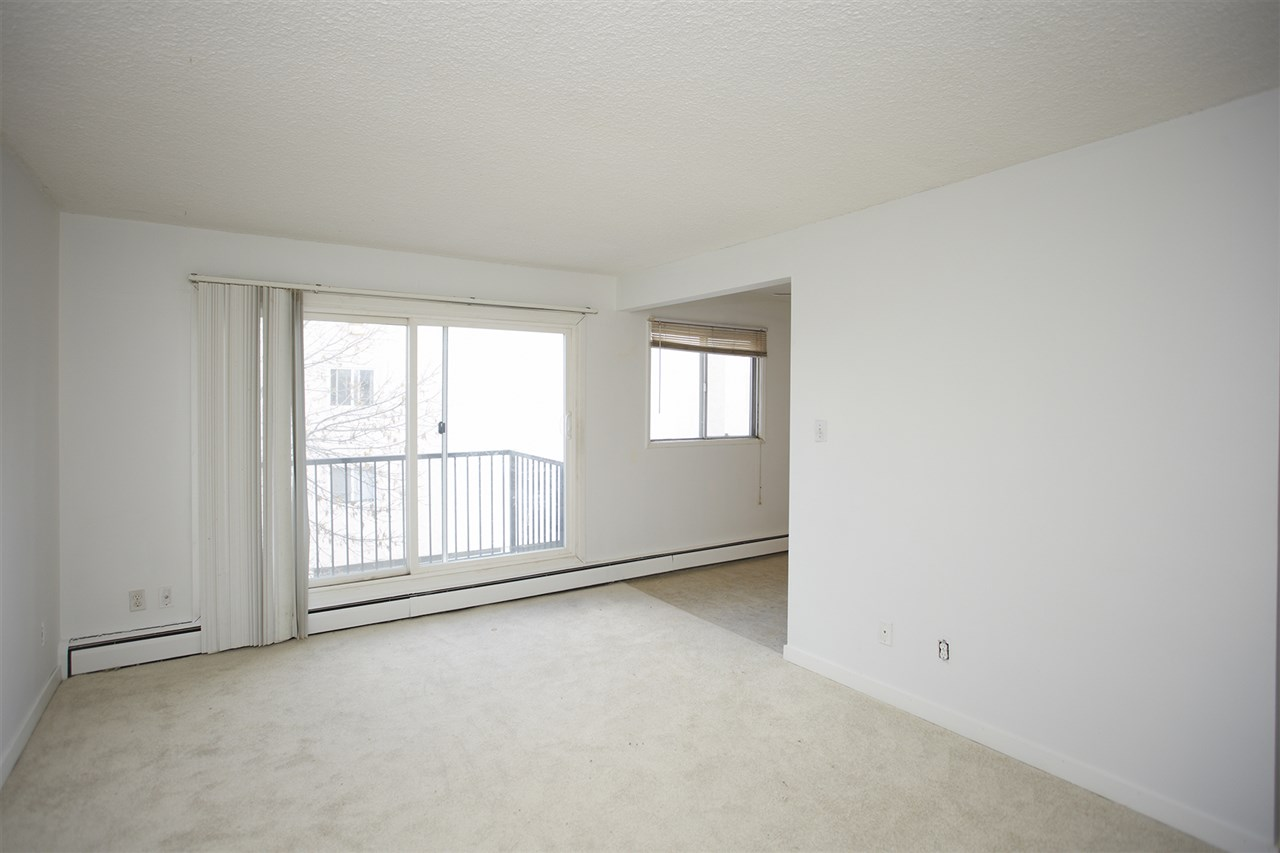 Photo 5: 304 10730 105 Street in Edmonton: Zone 08 Condo for sale : MLS® # E4076471