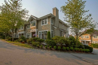 "Main Photo: 15 5298 OAKMOUNT Crescent in Burnaby: Oaklands Townhouse for sale in ""KENWOOD"" (Burnaby South)  : MLS® # R2194709"