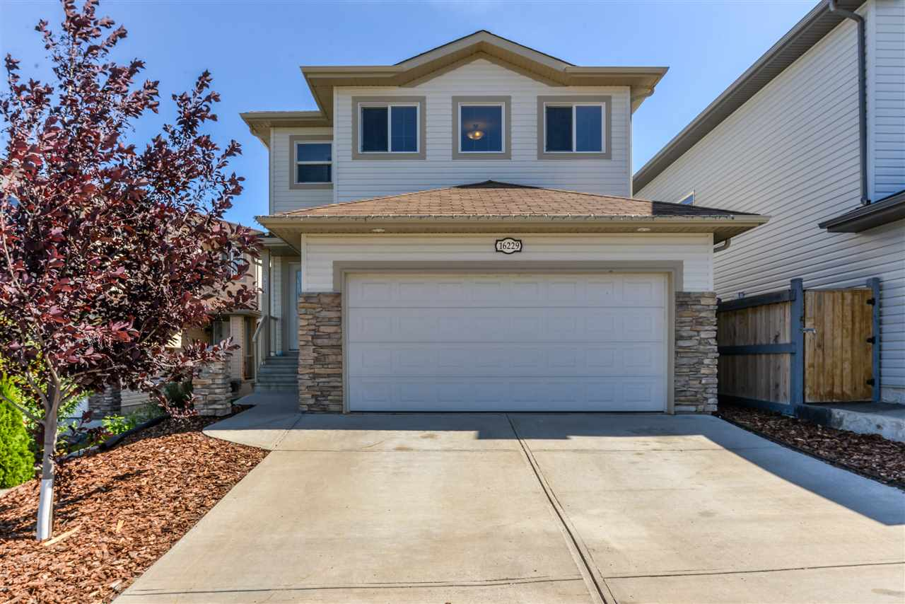 Main Photo: 16229 55 Street in Edmonton: Zone 03 House for sale : MLS® # E4078807