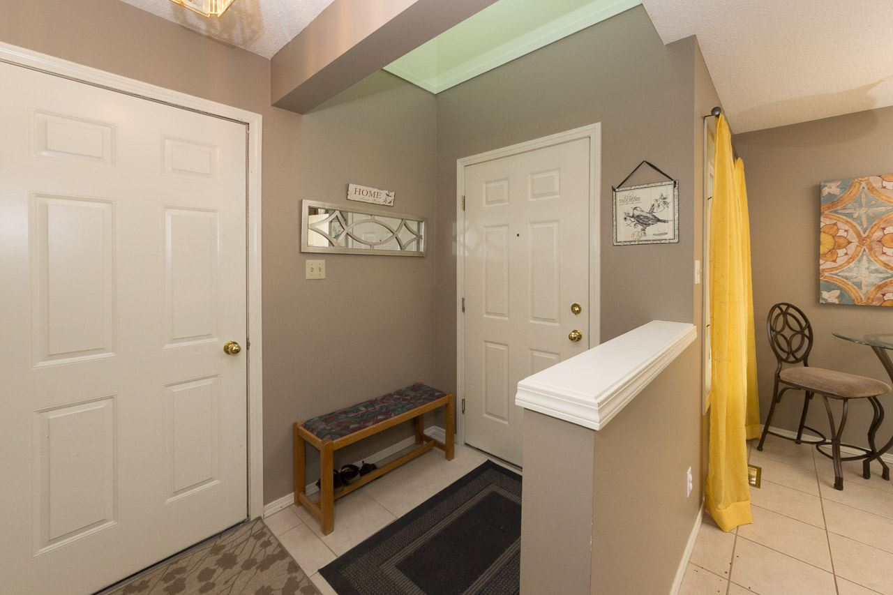 Photo 2: 27 2911 36 Street in Edmonton: Zone 29 Townhouse for sale : MLS® # E4081829