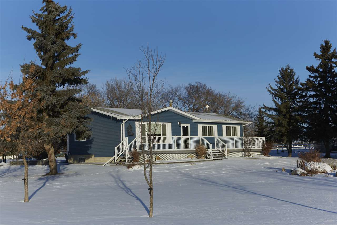Main Photo: 26212 twp 552 Road: Rural Sturgeon County House for sale : MLS® # E4093514
