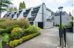 Main Photo: 202 2893 W 41ST Avenue in Vancouver: Kerrisdale Townhouse for sale (Vancouver West)  : MLS® # R2257377