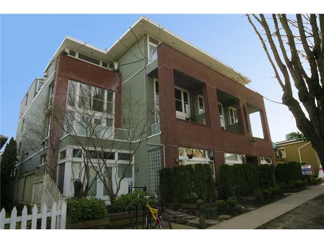 Main Photo: 307 980 W 22ND Avenue in Vancouver: Cambie Condo for sale (Vancouver West)  : MLS(r) # V877768