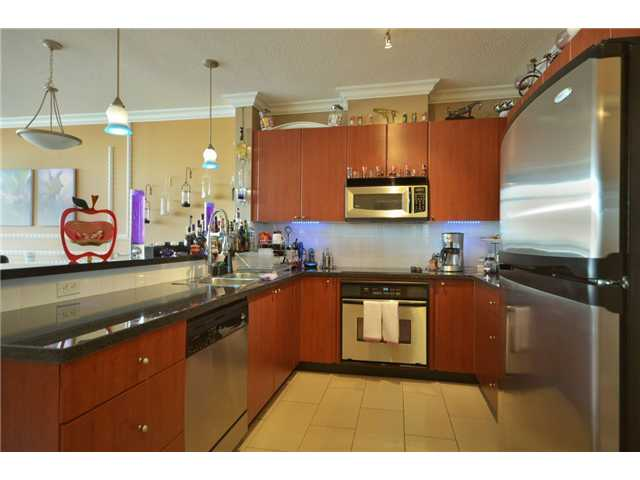 "Photo 5: 1808 4132 HALIFAX Street in Burnaby: Brentwood Park Condo for sale in ""MARQUIS GRANDE"" (Burnaby North)  : MLS® # V925846"