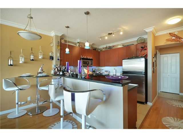 "Photo 4: 1808 4132 HALIFAX Street in Burnaby: Brentwood Park Condo for sale in ""MARQUIS GRANDE"" (Burnaby North)  : MLS® # V925846"