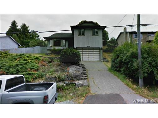 Main Photo: 3251 Jacklin Road in VICTORIA: Co Triangle Single Family Detached for sale (Colwood)  : MLS®# 331152