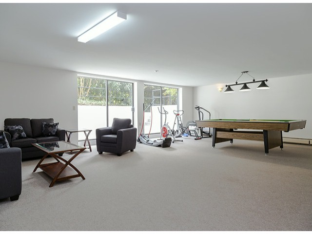 "Photo 15: 204 1544 FIR Street: White Rock Condo for sale in ""JUNIPER ARMS"" (South Surrey White Rock)  : MLS(r) # F1412897"