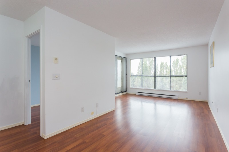 "Photo 2: 706 7040 GRANVILLE Avenue in Richmond: Brighouse South Condo for sale in ""PANORAMA PLACE"" : MLS(r) # R2003061"