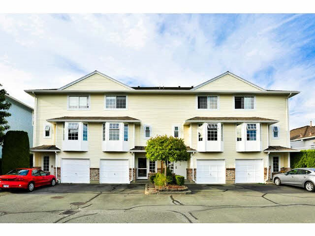 "Main Photo: 2 13945 70 Avenue in Surrey: East Newton Townhouse for sale in ""Upton Place South"" : MLS® # R2023663"