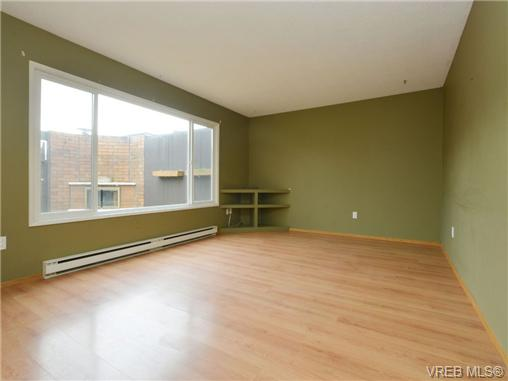 Photo 5: 130 984 Dunford Avenue in VICTORIA: La Langford Proper Townhouse for sale (Langford)  : MLS® # 361292