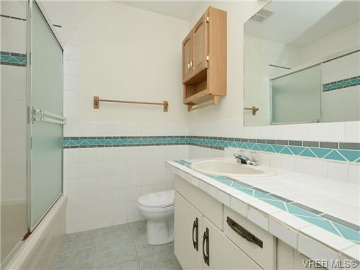 Photo 16: 130 984 Dunford Avenue in VICTORIA: La Langford Proper Townhouse for sale (Langford)  : MLS® # 361292