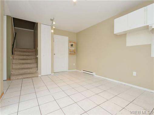 Photo 8: 130 984 Dunford Avenue in VICTORIA: La Langford Proper Townhouse for sale (Langford)  : MLS(r) # 361292