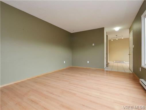 Photo 6: 130 984 Dunford Avenue in VICTORIA: La Langford Proper Townhouse for sale (Langford)  : MLS(r) # 361292