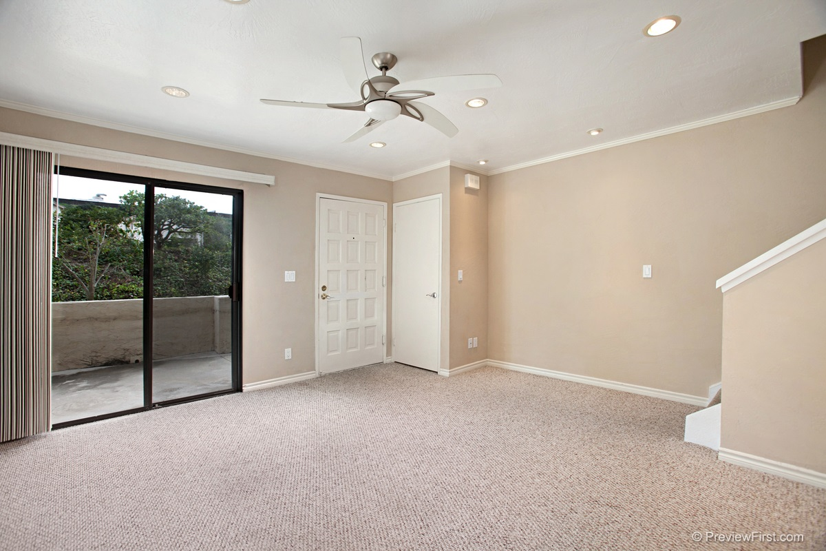 Photo 9: CLAIREMONT Townhome for sale : 1 bedrooms : 2740 ARIANE DRIVE #160 in San Diego