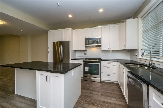 "Main Photo: 23 32921 14 Avenue in Mission: Mission BC Townhouse for sale in ""Southwynd"" : MLS®# R2055152"