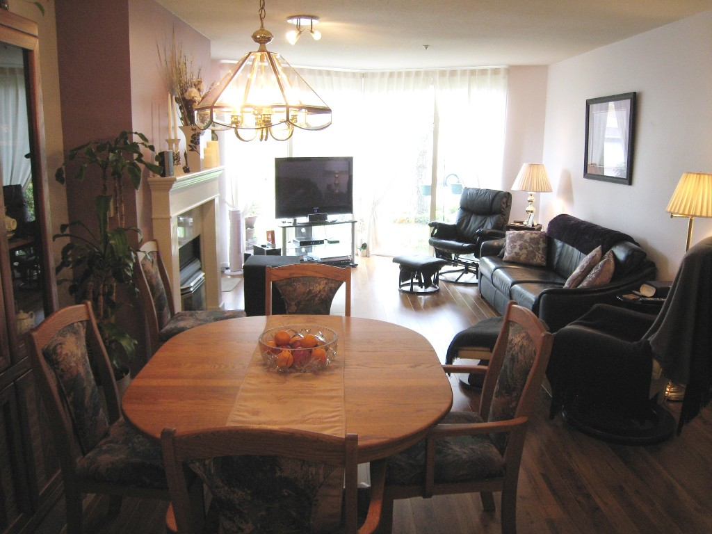 "Photo 4: 310 60 RICHMOND Street in New Westminster: Fraserview NW Condo for sale in ""GATEHOUSE PLACE"" : MLS(r) # R2056070"