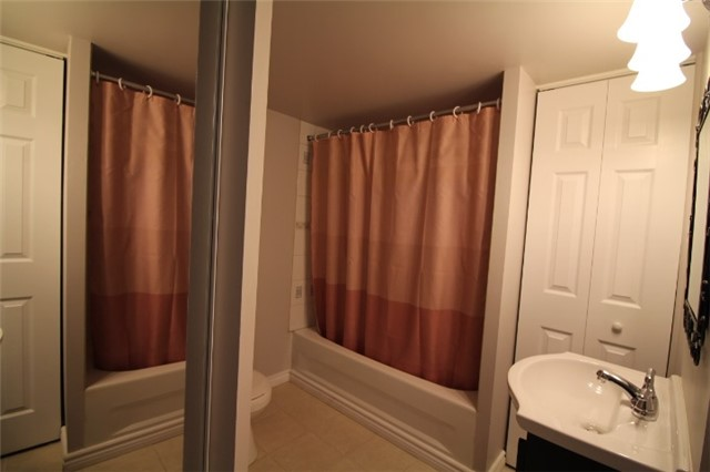 Photo 7: 119 2945 Thomas Street in Mississauga: Central Erin Mills Condo for sale : MLS(r) # W3591593