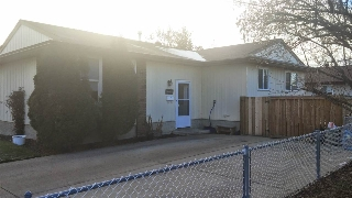 Main Photo: 10007 173 Avenue in Edmonton: Zone 27 House Half Duplex for sale : MLS(r) # E4044820