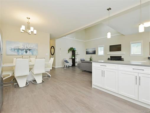 Photo 11: 2394 Lund Road in VICTORIA: VR Six Mile Single Family Detached for sale (View Royal)  : MLS® # 372713