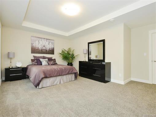 Photo 15: 2394 Lund Road in VICTORIA: VR Six Mile Single Family Detached for sale (View Royal)  : MLS® # 372713