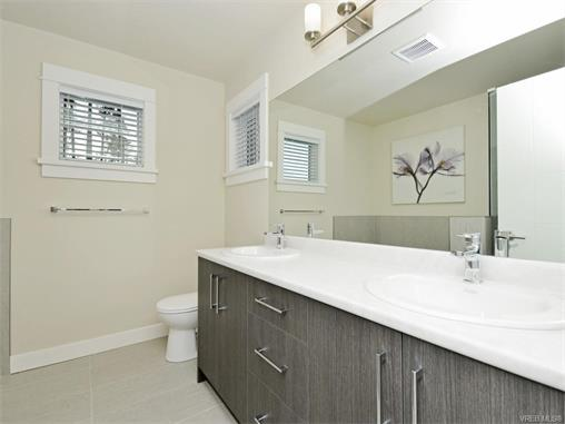 Photo 16: 2394 Lund Road in VICTORIA: VR Six Mile Single Family Detached for sale (View Royal)  : MLS® # 372713