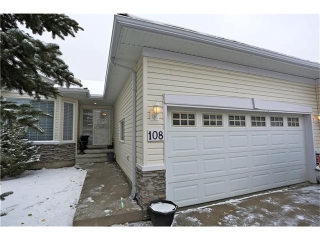 Main Photo: 108 ROCKY RIDGE Villa(s) NW in Calgary: Rocky Ridge House for sale : MLS(r) # C4092806