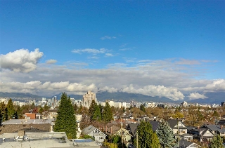 Main Photo: 404 988 W 21ST Avenue in Vancouver: Cambie Condo for sale (Vancouver West)  : MLS(r) # R2129960