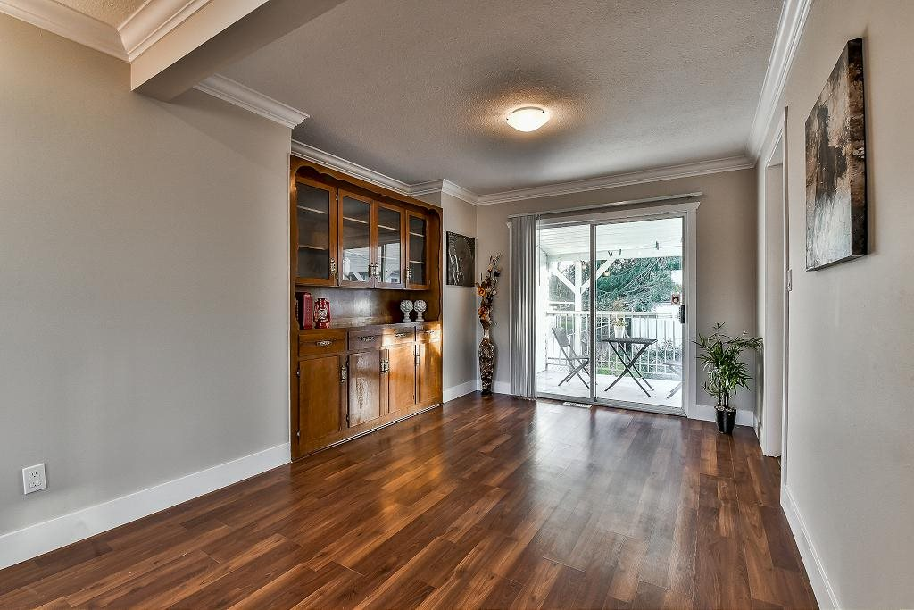 Photo 6: 32294 CORDOVA Avenue in Abbotsford: Abbotsford West House for sale : MLS(r) # R2135374