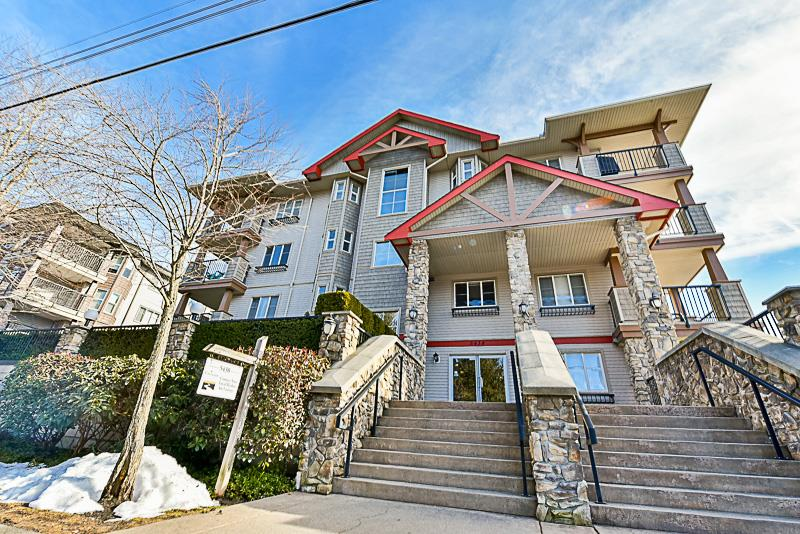 "Main Photo: 302 5438 198 Street in Langley: Langley City Condo for sale in ""CREEKSIDE"" : MLS®# R2138372"
