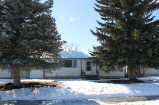 Main Photo: 4515 104A Avenue in Edmonton: Zone 19 House for sale : MLS(r) # E4055496