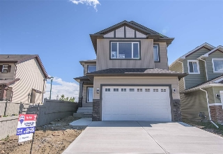 Main Photo: 3107 13 Avenue NW in Edmonton: Zone 30 House for sale : MLS® # E4063273