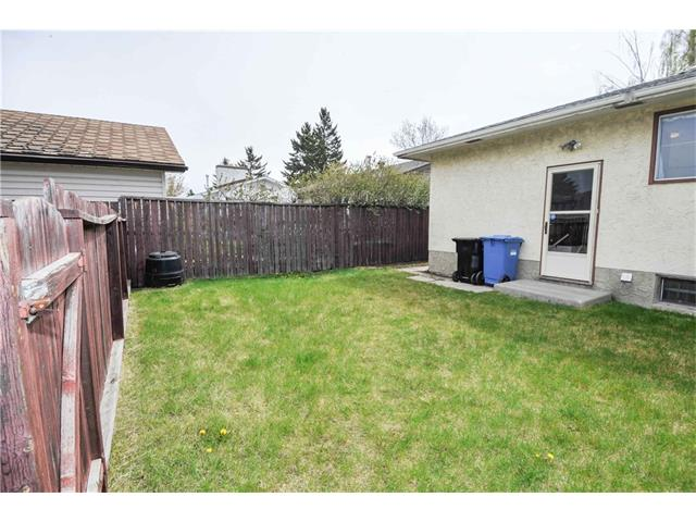 Photo 21: 224 PINEMILL RD NE in Calgary: Pineridge House for sale : MLS® # C4115594