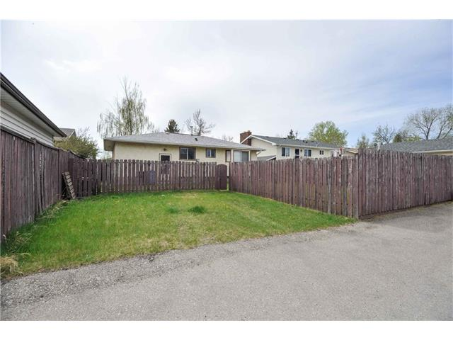 Photo 24: 224 PINEMILL RD NE in Calgary: Pineridge House for sale : MLS® # C4115594