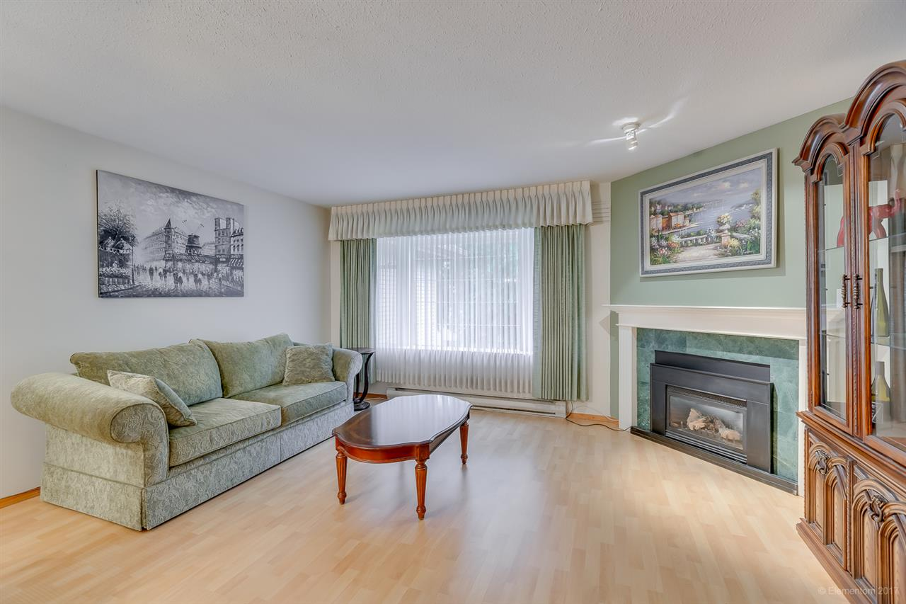 "Main Photo: 134 100 LAVAL Street in Coquitlam: Maillardville Townhouse for sale in ""PLACE LAVAL"" : MLS(r) # R2174567"