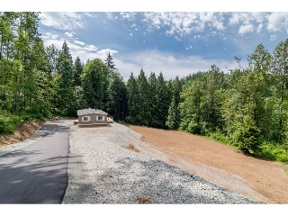 Main Photo: 5233 WILLET Road in Abbotsford: Sumas Mountain Manufactured Home for sale : MLS® # R2175614