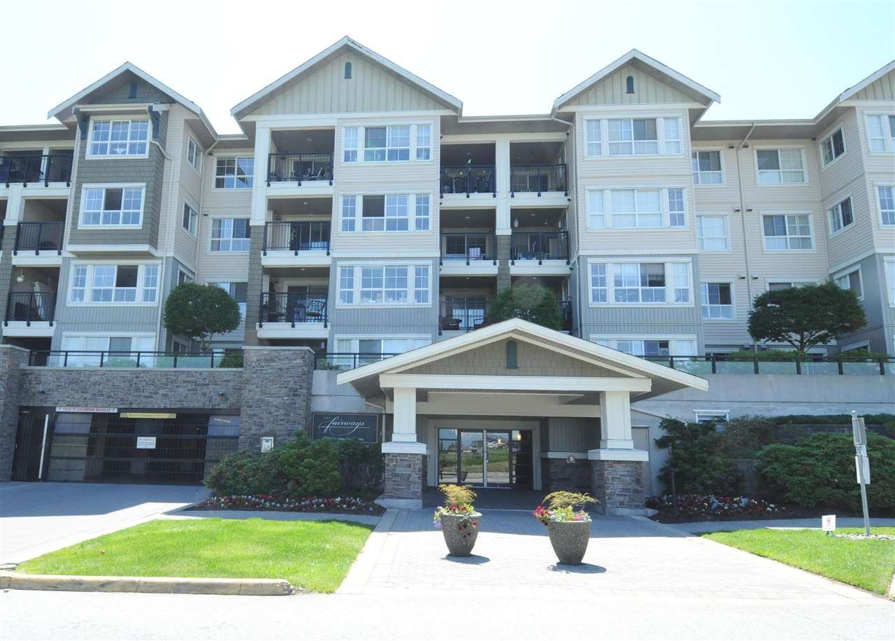 "Main Photo: 312 19673 MEADOW GARDENS Way in Pitt Meadows: North Meadows PI Condo for sale in ""THE FAIRWAYS"" : MLS(r) # R2179686"